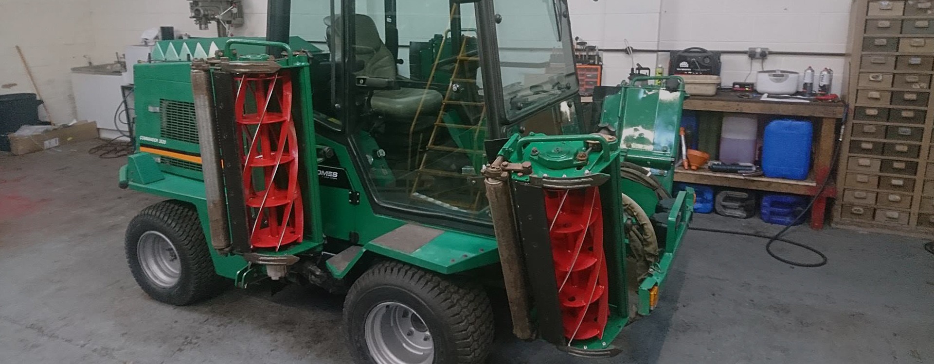 Hortus Servicing - Tractor - we keep your machinery working