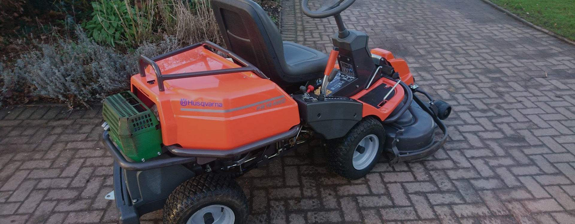 Hortus Servicing - Ride on Mowers - we keep your machinery working